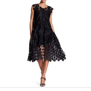 Gracia Circle Lace Open Vest Dress. Size Large